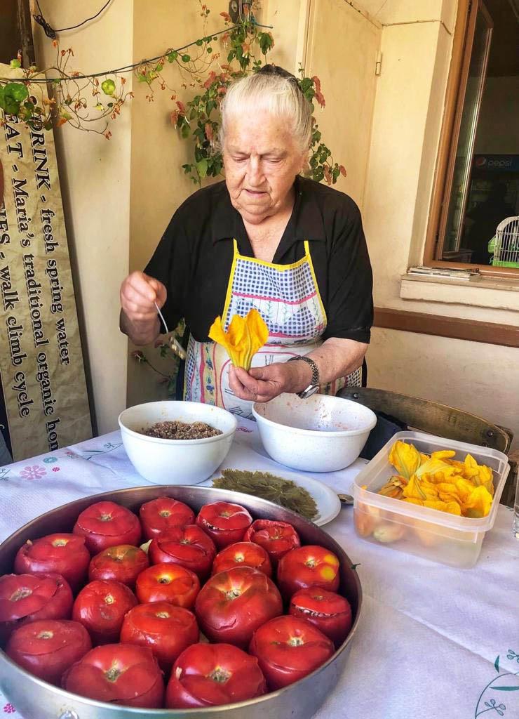 настоящая здоровая критская кухня в традиционной таверне Patsos в Ретимно
